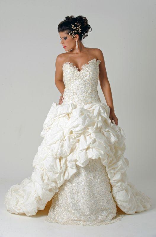 Locação de Roupas para Casamento Preço no Itaim Paulista - Aluguel de Vestidos de Festa para Madrinhas