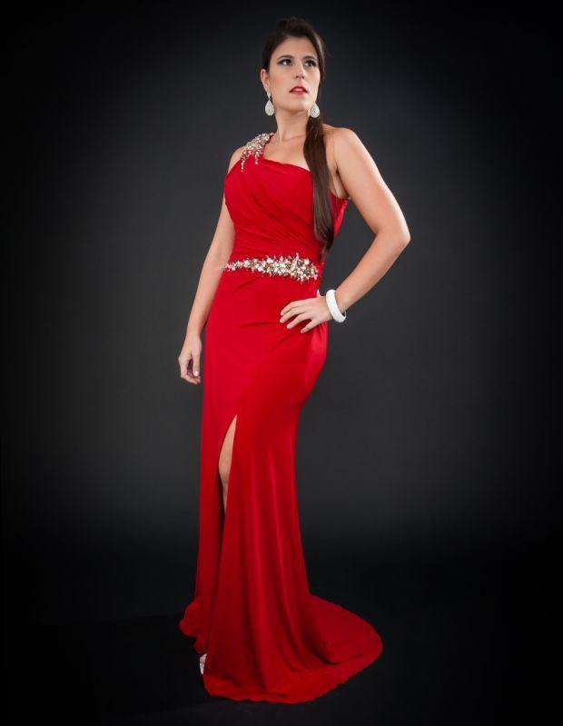 Locação de Vestidos de Madrinha Preço na Cidade Tiradentes - Locação de Vestidos de Madrinha
