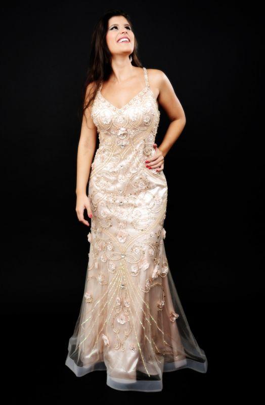 Onde Encontrar Aluguel de Vestidos de Gala no Pari - Locação de Vestidos de Madrinha