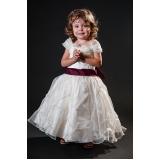 orçamento para vestidos de daminha infantil Vila Carrão