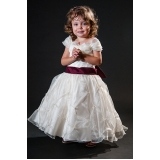 vestido de daminha Vila Mazzei