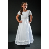 vestido de daminhas branco Santana