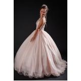 vestido de debutante preço Piqueri